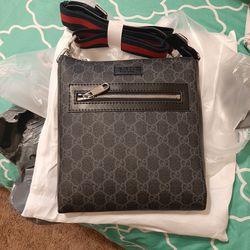 GUCCI MESSENGER BAG for Sale in Forestville,  MD