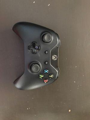 Control de Xbox con baterías 🔋 for Sale in Los Angeles, CA