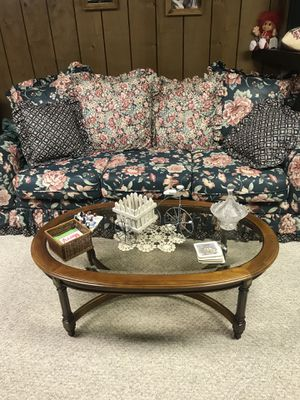 Coffee table for Sale in Butte, MT