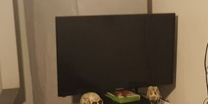 "32"" Flar Screen for Sale in Springfield, OR"