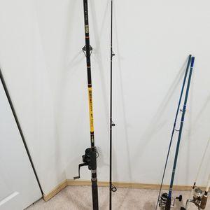Silstar CC6 80BWS 8 feet Rod and Abu Garcia Cardinal Max 4 plus Reel. Length: 8:00 Reel Abu Garcia Cardinal for Sale in Lynnwood, WA