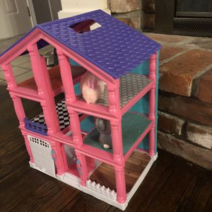 Kids Dolls House for Sale in Kansas City, MO