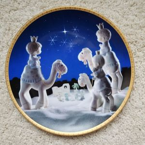 Precious Moments 2nd Annual Nativity Plate for Sale in Schererville, IN