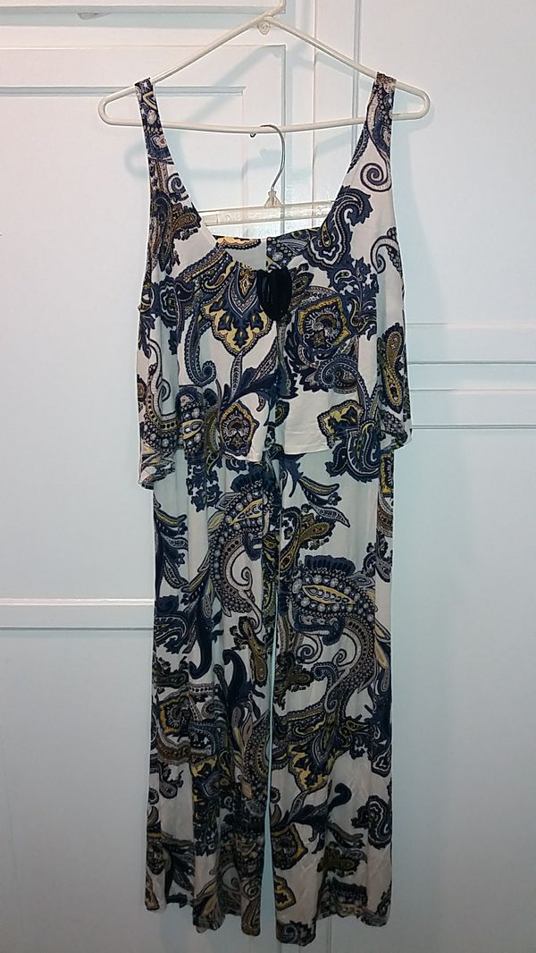 (PENDING PICK UP) FREE PINUP 2 PIECE SIZE M