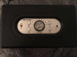 Sound logic XT Vintage Bluetooth Speaker with 9V Plug in for Sale in Heathrow, FL