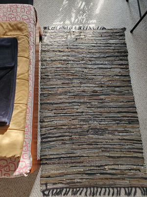 Rug 7'×4' for Sale in Hilliard, OH
