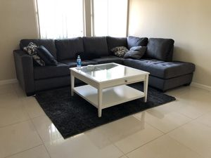 Coffee table and Couch for Sale in Midway City, CA