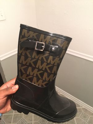 Sz 7 Michael Kors boots never worn for Sale in Dallas, TX