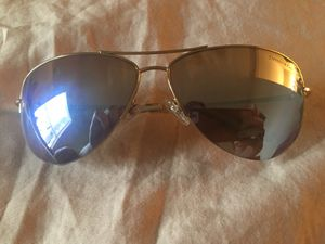 Tiffany & Company Blue Mirrored Gold Heart Frame Aviators for Sale in Lucas, TX