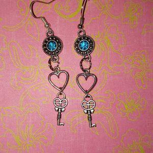 Heart With Key Earrings for Sale in Batesburg, SC
