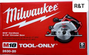Milwaukee M18 18-Volt Lithium-Ion Cordless 6-1/2 in. Circular Saw (Tool-Only) for Sale in Fullerton, CA