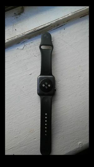 Apple watch need gone only needs new screen for Sale in Philadelphia, PA
