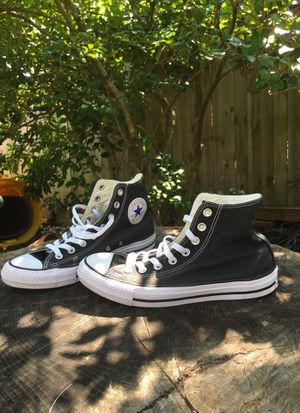 Black high top converse all stars for Sale in Glen Burnie, MD
