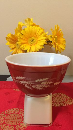 Pyrex Autumn Harvest wheat Mixing Bowl for Sale in San Francisco, CA