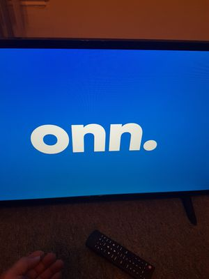 """Onn """"New"""" 32 Inch Smart TV/ w Box. for Sale in Lawrence, MA"""