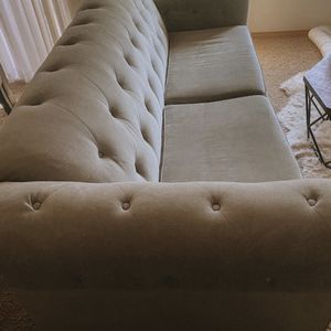 Tufted Grey Couch OBO for Sale in Troutdale, OR