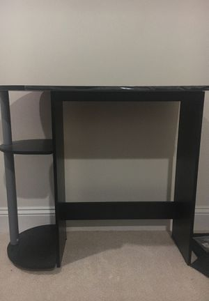 Mainstay computer desk with built in shelves for Sale in Falls Church, VA