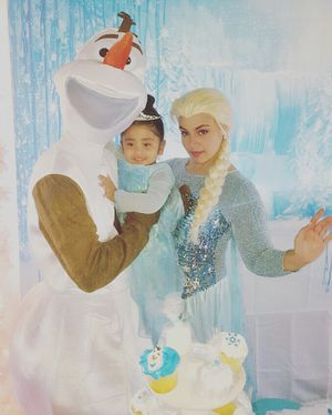 Olaf and Elsa for Sale in Miami, FL