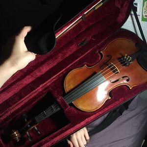Violin in perfect condition for Sale in Pomona, CA