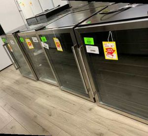 FRIGIDAIRE BEVERAGE CENTERS!! LIQUIDATION SALE JX for Sale in Galena Park, TX