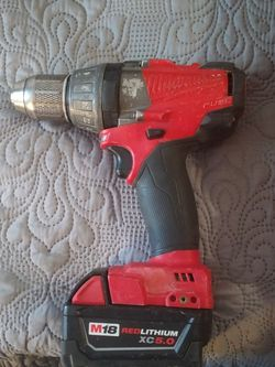 "1/2"" Milwaukee Fuel Hammer Drill & M18 red Lithium xo5.0 Battery + charger & bag for Sale in Indianapolis,  IN"