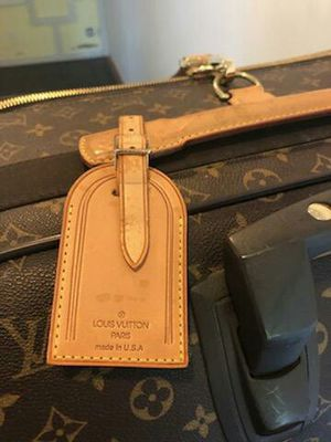 Luis Vuitton Luggage for Sale in Mesa, AZ