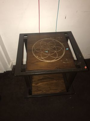 Little Table for Sale in Los Angeles, CA