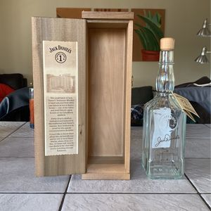 1994 Jack Daniel's Small Batch Barrel House Bottle And Original Box (W/O Whiskey) for Sale in Lafayette, CA