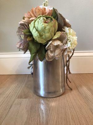 Fake floral arrangement for Sale in Appleton, WI