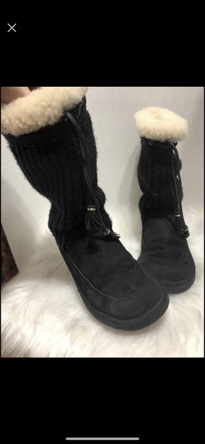 Ugg size 6 for Sale in Dearborn, MI