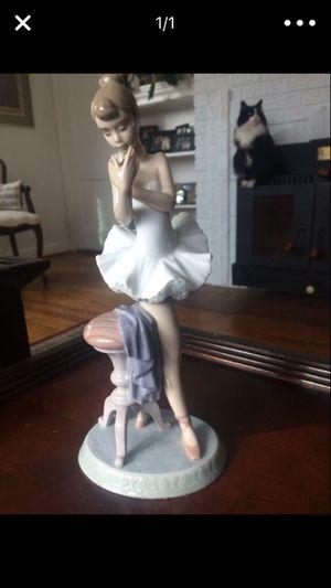 Beautiful Lladro figurine , Ballerina girl .... for Sale in Hyattsville, MD