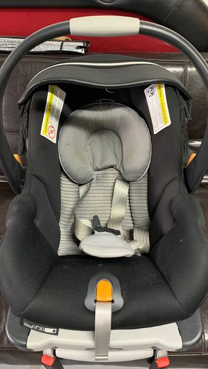 CHICCO KEYFIT 30 INFANT CAR SEAT for Sale in Silverado, CA