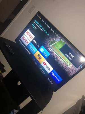 32 in insignia TV for Sale in Riverside, CA