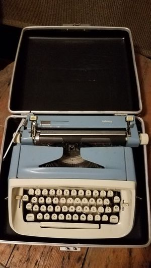 1960's Vintage Royal Sahara Typewriter with Suitcase - Baby Blue & Creamy White - Prestine Condition for Sale in Cayce, SC