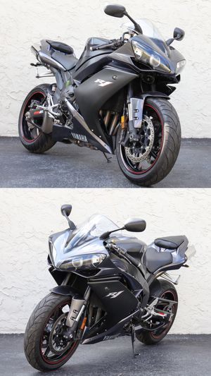2007 Yamaha R1 bike 15,900 miles motorcycle for Sale in Miami, FL