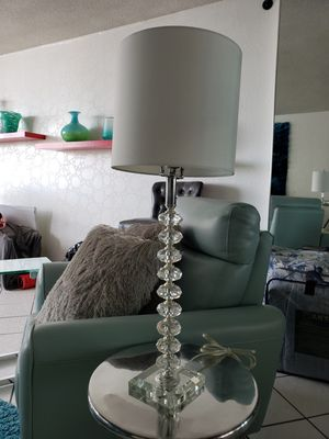 Beautiful accent table lamp for Sale in SUNNY ISL BCH, FL