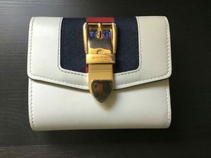Gucci sylvie wallet white for Sale in Rowland Heights, CA