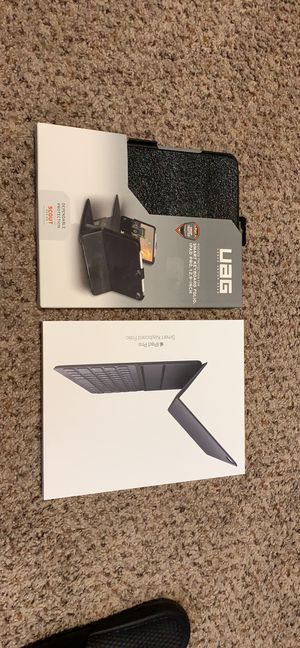 iPad pro 12.9 (2018) smart folio case bundle for Sale in Edwardsville, IL