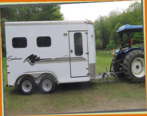 A BEAUTIFUL 2 H0RSE TRAILER F0R SALE.$1OOO for Sale in Lexington, KY