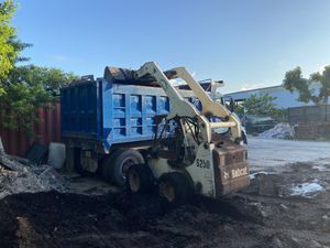 Bobcat machine for Sale in Pompano Beach, FL