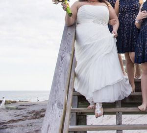 Plus Size Wedding Dress for Sale in Germantown, MD