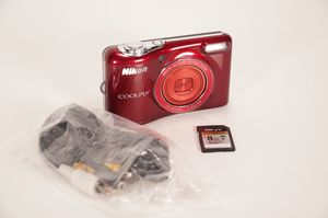 Nikon Coolpix L30 21.1 MP Digital Camera for Sale in San Diego, CA