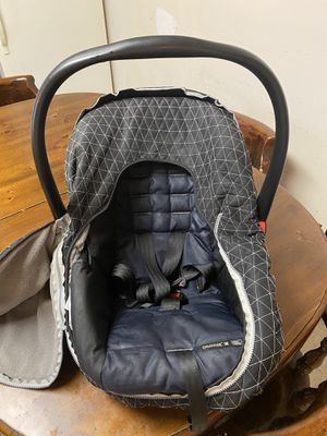 Car seat and cover to protect from sun and or cold weather for Sale in Steelton, PA