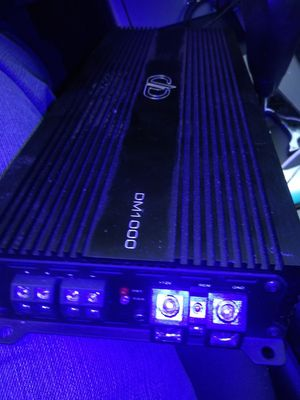 Kicker amp 401 d digital desing 1000d for Sale in Chicago, IL