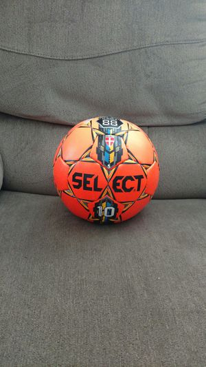 Select 10 soccer ball used once original price is $50 excellent condition for Sale in Santa Clara, CA