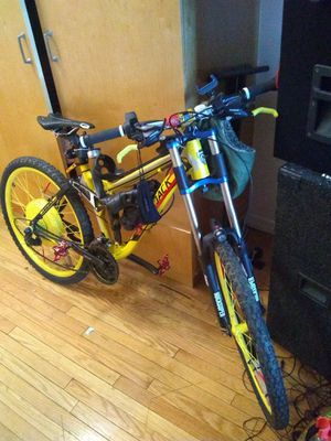 Downhill e bike 4000 for Sale in Bronx, NY