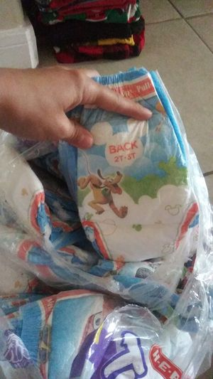 Huggies pull ups. 2T-3T for Sale in Houston, TX