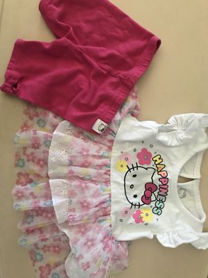 Hello kitty 12 month outfit for Sale in Fresno, CA