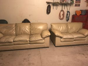 Leather love seat & sofa for Sale in Fort McDowell, AZ