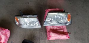 2005 Ford F150 head lights and tail lights for Sale in Sumner, WA